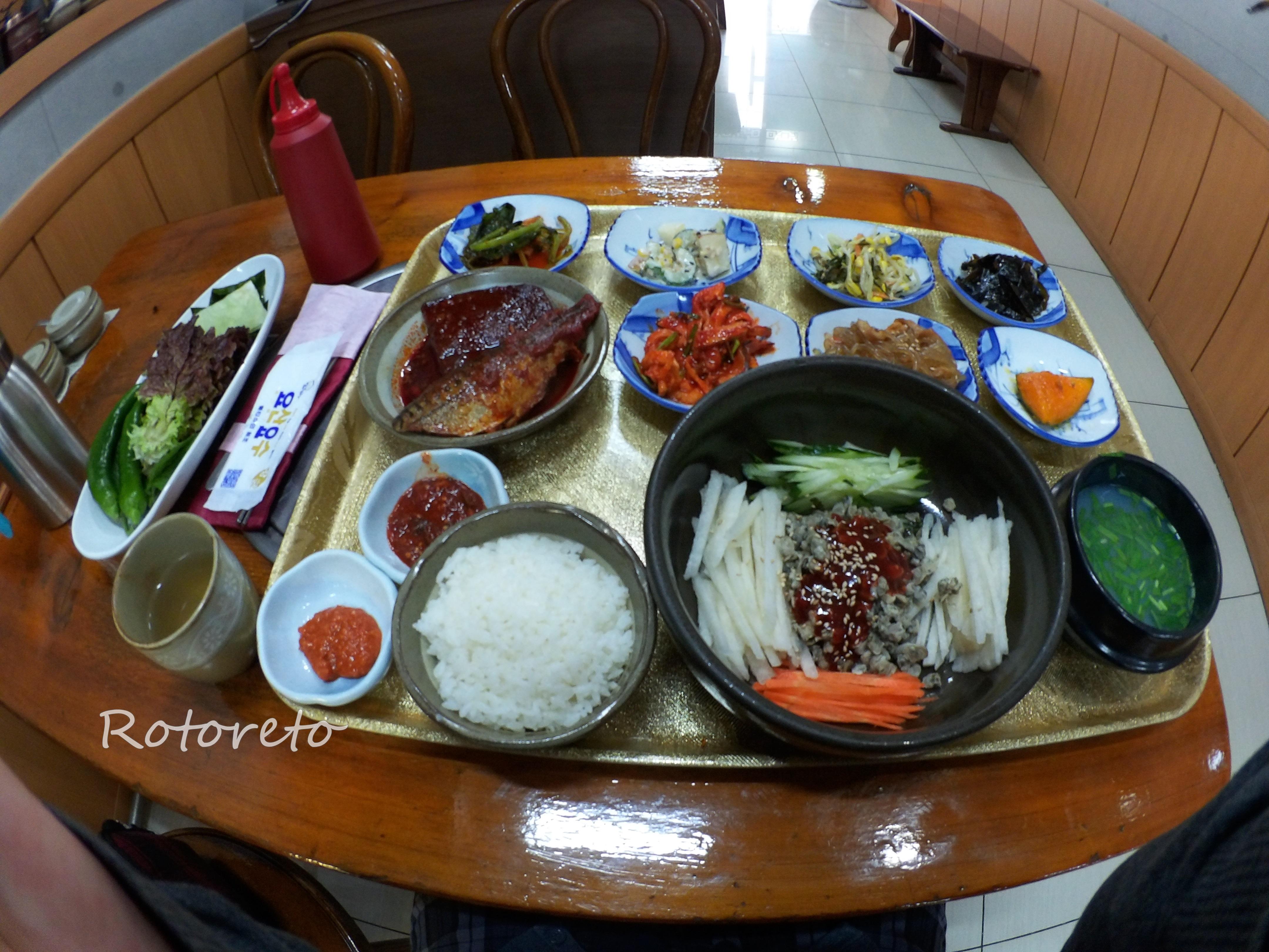 韓国・釜山17【女一人旅】おすすめグルメ!こんなにたっぷり?シジミスープが美味しい