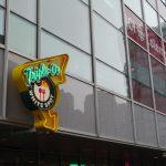 【カナダ・バンクーバー】カナダ発祥のハンバーガーチェーン店Triple O's(トリプル・オーズ)