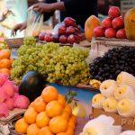 【インド・バラナシ旅記録17】路上市場はアウェーな雰囲気(2017年冬)