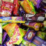 【インド旅記録42】ばらまき用のお土産にも!おススメしたいインドのお菓子やジュース1(2017年冬)