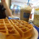 【タイ・バンコク16】勝手にクリームトッピングしちゃうの?カオサンロードのカフェでスイーツ(2017年11月)