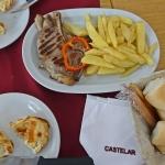 【アルゼンチン・ブエノスアイレス】天気が良くてお腹も空いたので、名物エンパナーダを食べに行く。(2020年1月)