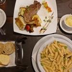 【アルゼンチン・イグアス】オシャレだけど敷居高くない系レストランで分厚いステーキに恋をした。(2020年1月)